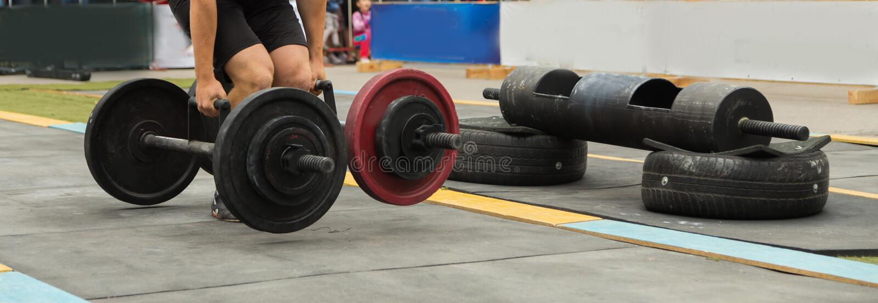 Конкуренции Powerlifting в улице стоковая фотография rf