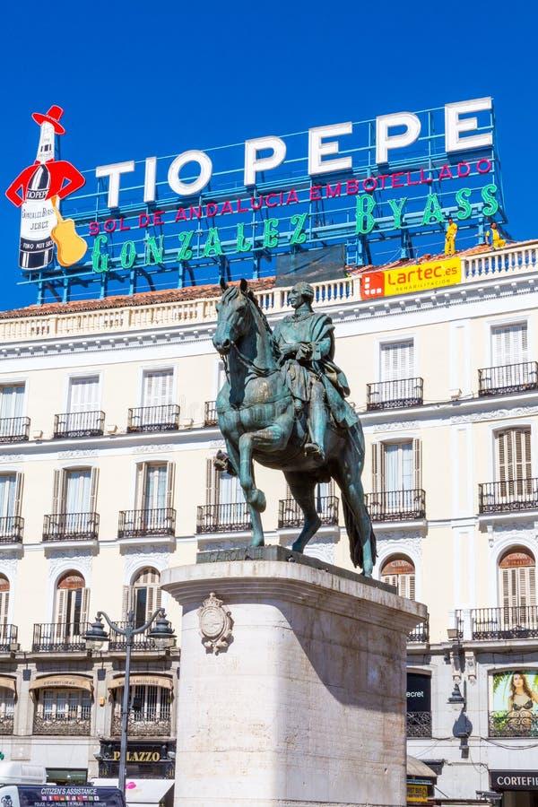 Конноспортивная статуя Карлоса III стоковое фото