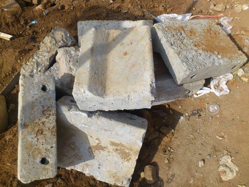 Консолидация бетона битум и бетон