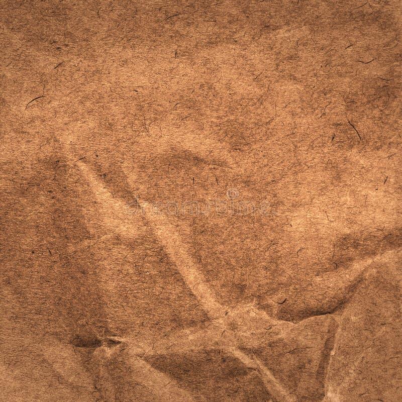 Конструированная текстура бумаги grunge.  Скомканная бумажная предпосылка. Высокий стоковое фото rf