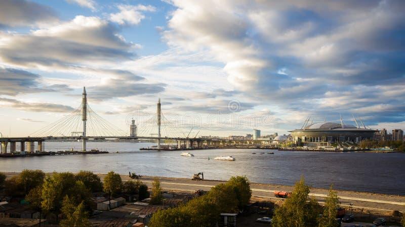 Конструкция арены Санкт-Петербурга Zenit стадиона стоковые изображения