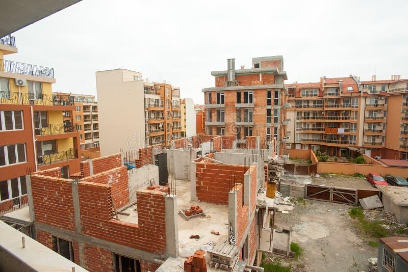 Download Конструкция жилого дома в Pomorie, Болгарии Стоковое Фото - изображение насчитывающей narrow, памятник: 40583070