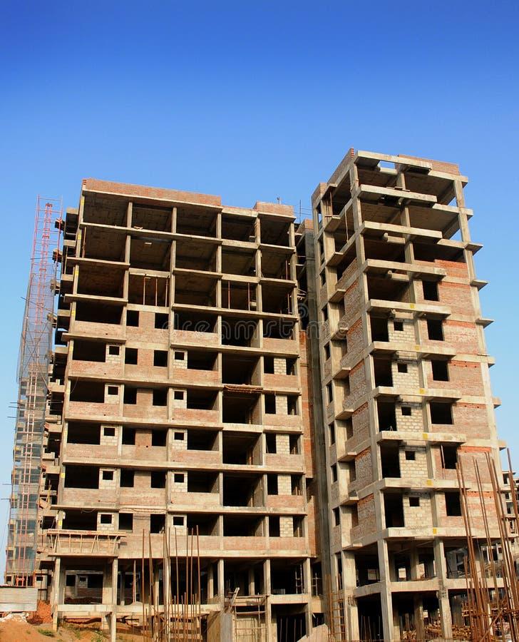 конструкция здания вниз стоковое фото