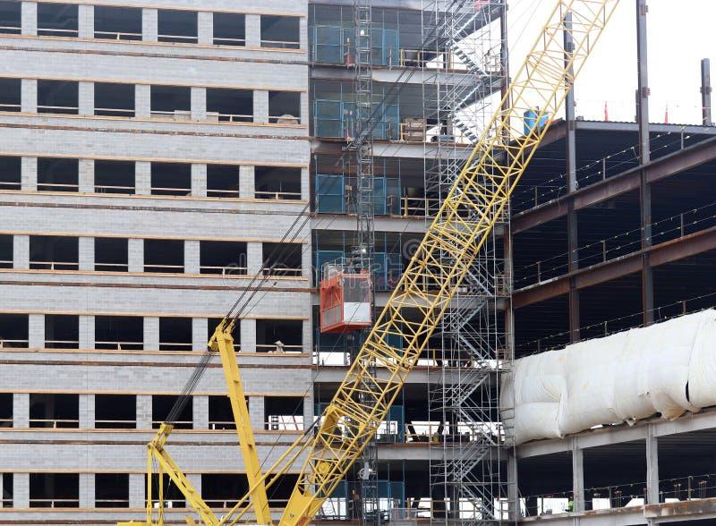 Download конструкция здания новая стоковое изображение. изображение насчитывающей город - 81808827