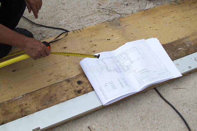 конструкция клиента загородного дома проверяет поток операций w стоковые изображения rf