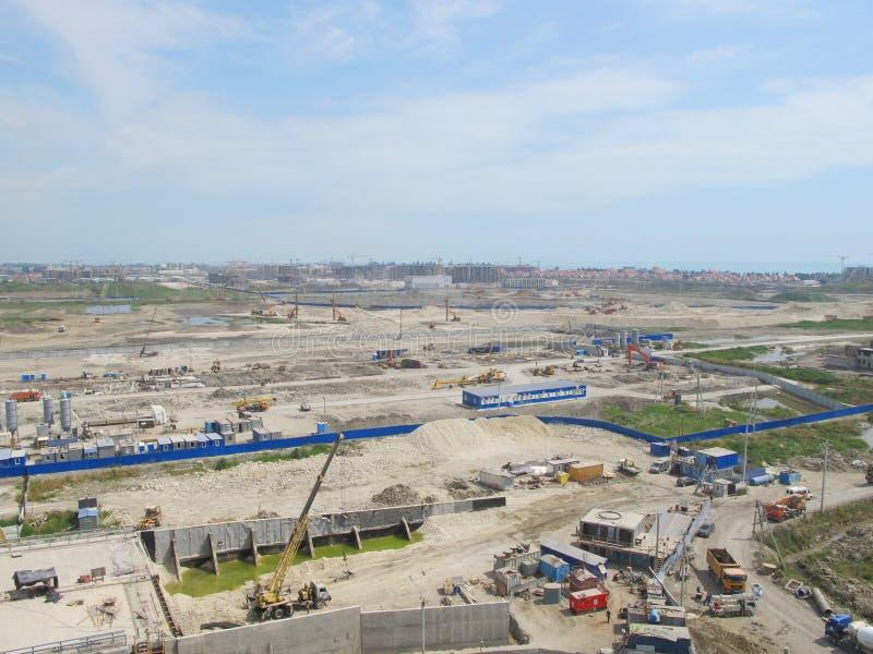 Конструкция нового стадиона Много технология строительства стоковая фотография
