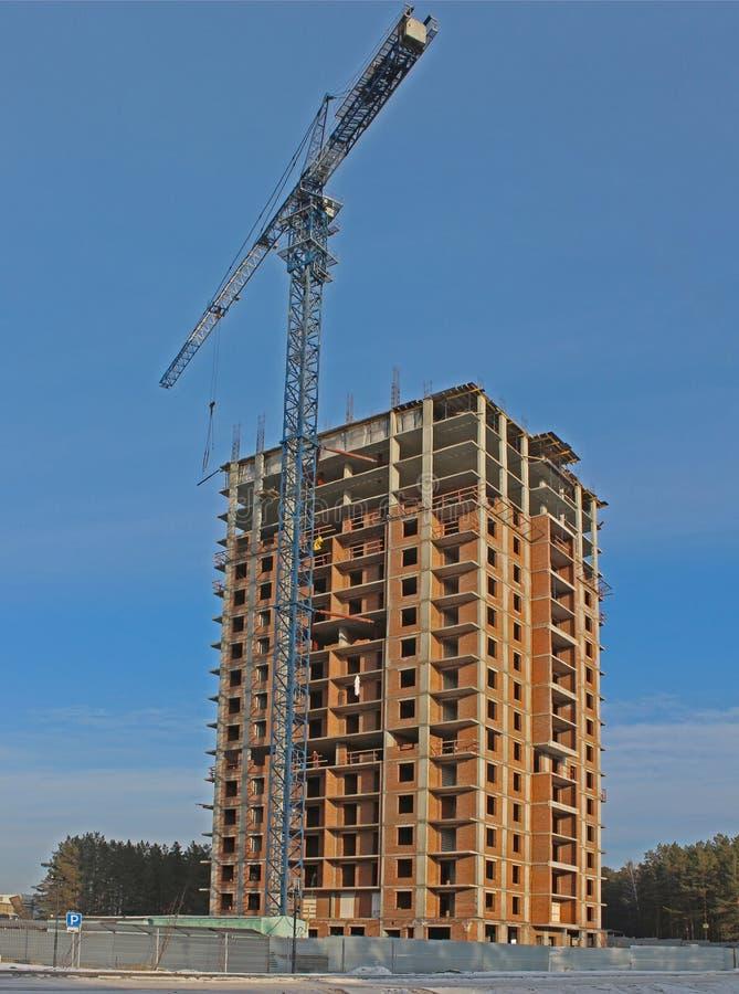 Конструкция дома высотного здания стоковое изображение