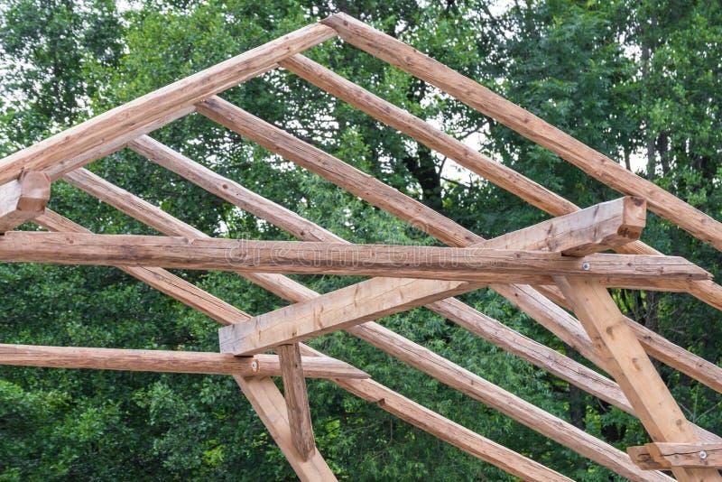 Конструкция дома с деревянными рамками стоковые фотографии rf