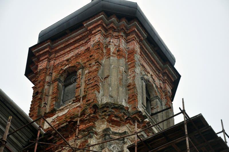 Конструкция церков, леса, реконструкция виска стоковое фото rf