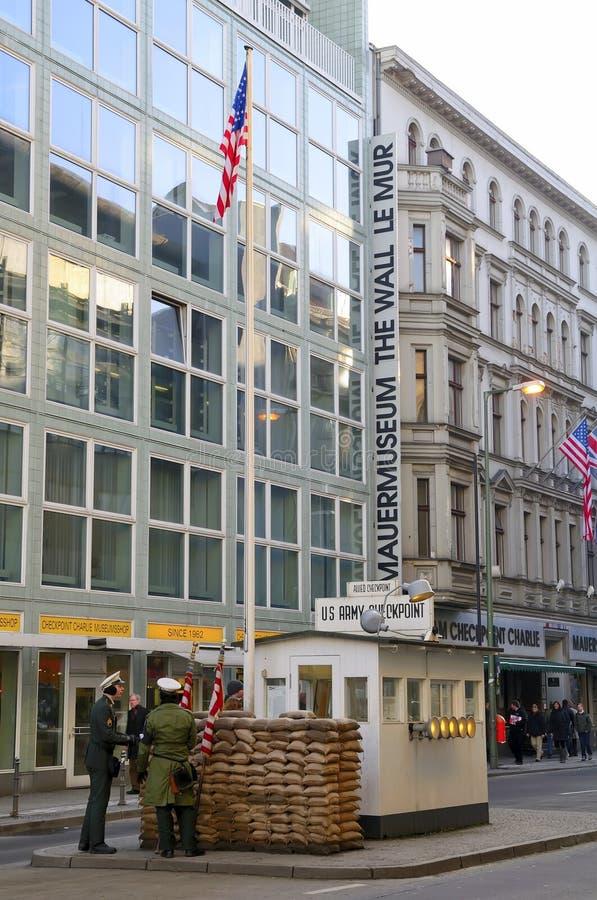 контрольный пункт berlin Чарли стоковые фото