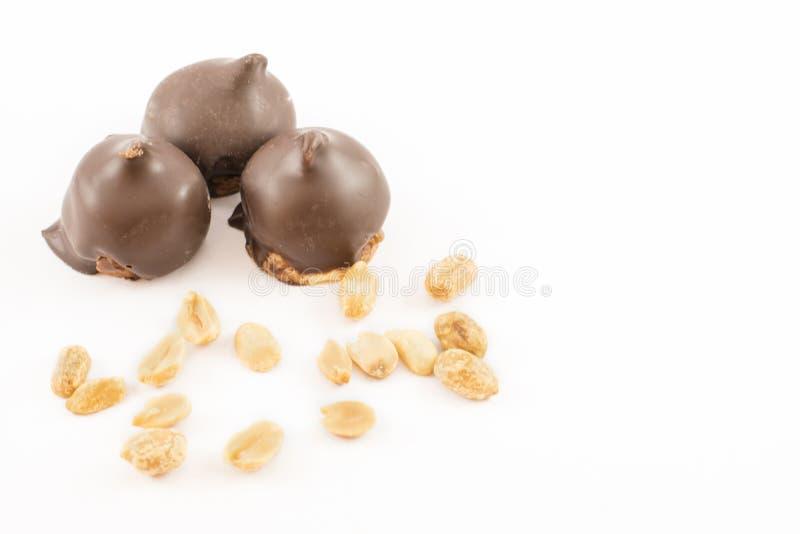 Конусы помадки, шоколада и арахиса стоковые фотографии rf