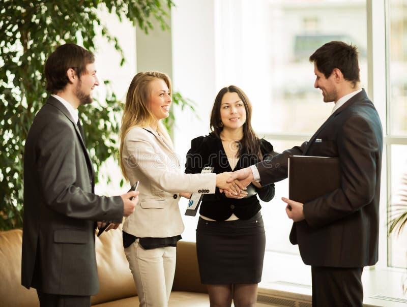 Конференция предпринимателей Заключать очень важный dea стоковое изображение rf