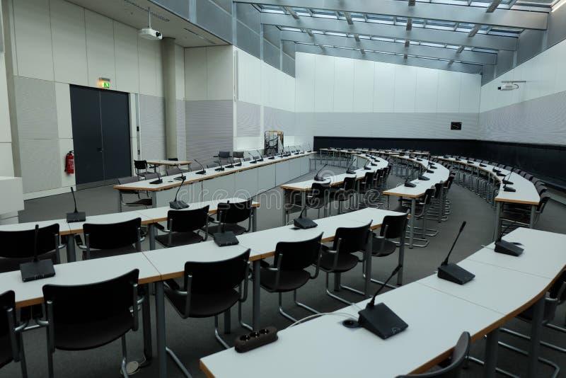 Конференц-зал внутри Германского Бундестага стоковое фото
