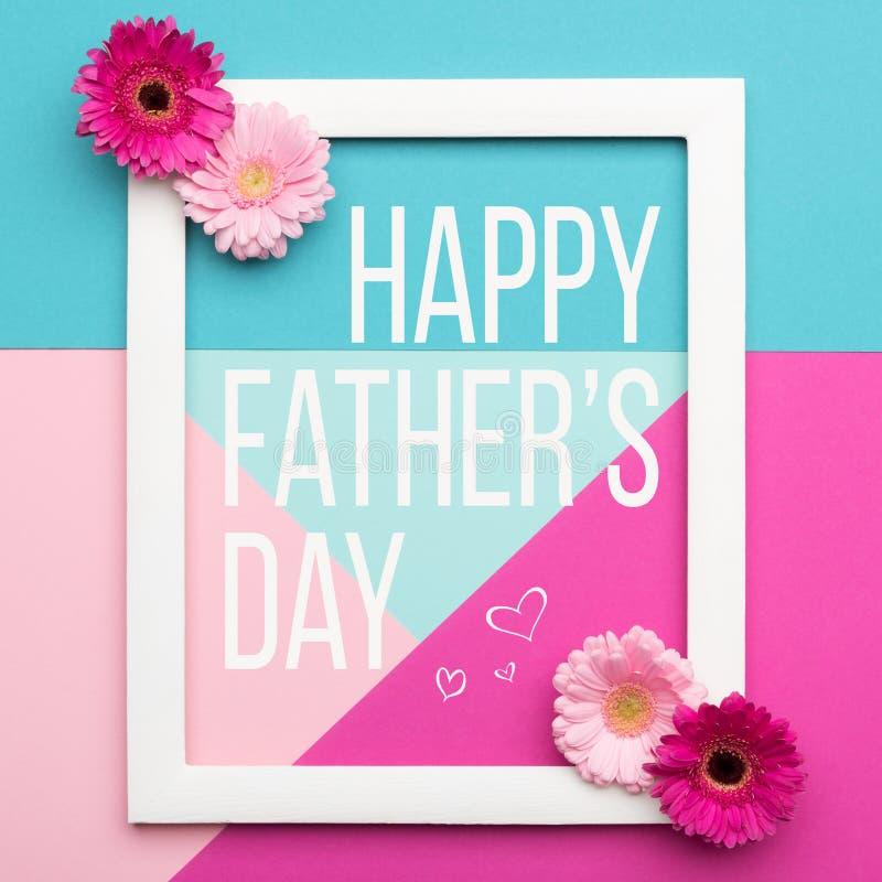 Конфета счастливого дня ` s отца пастельная красит предпосылку Флористическая квартира кладет поздравительную открытку дня отца к стоковое фото rf