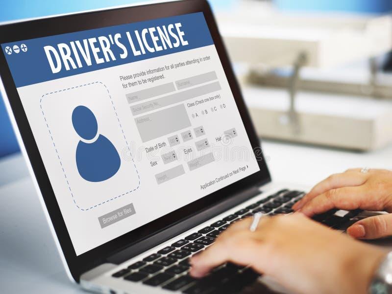 Концепция Веб-страницы применения регистрации лицензии водителей стоковое фото rf