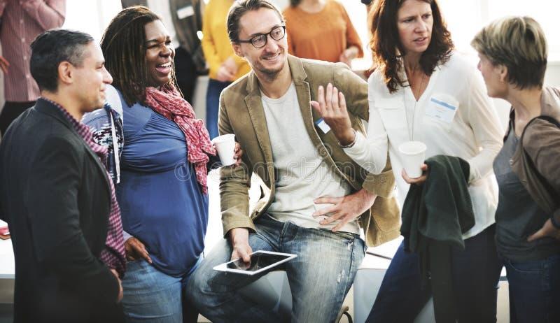 Концепция встречи команды группы людей разнообразия стоковое фото rf
