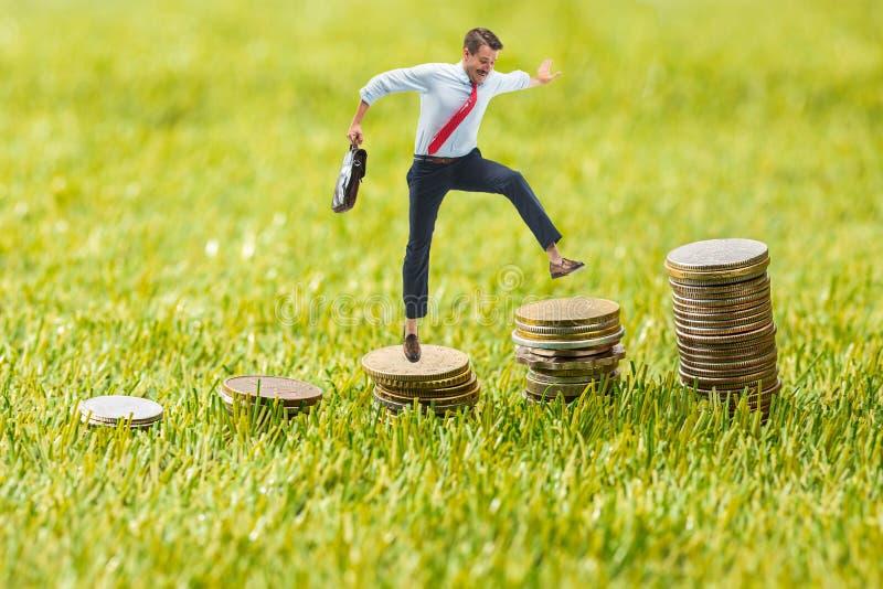 Концепция дела и роста денежной массы стоковое изображение