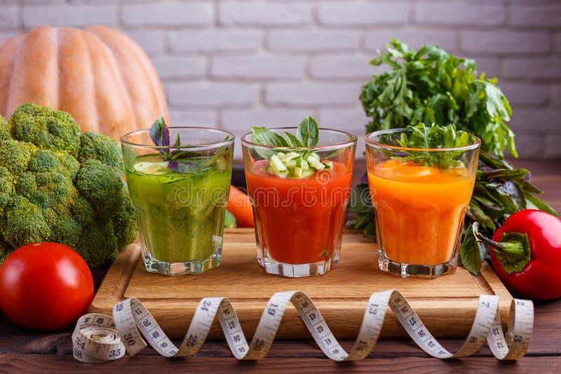 Концепция диеты, здоровый образ жизни, низко- вытрезвитель калории и диетический f стоковое изображение rf