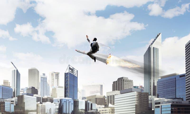 Концепция достижения успеха в бизнесе и целей стоковые изображения