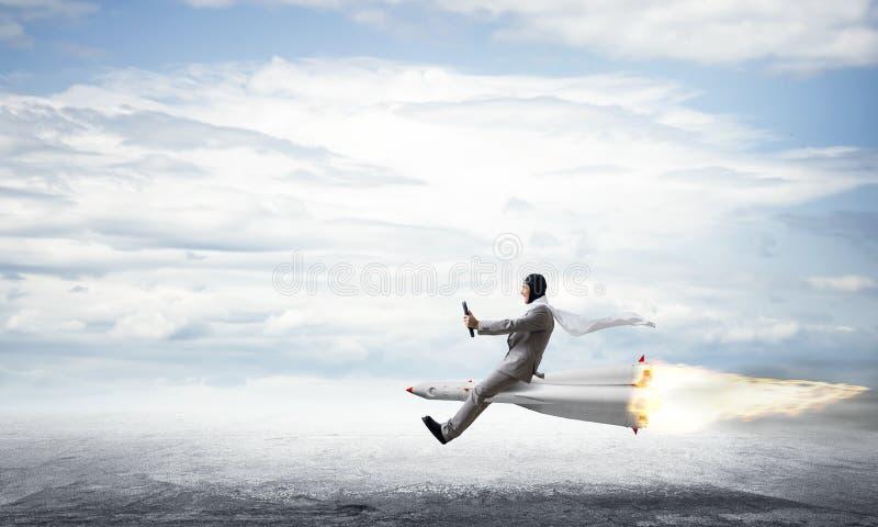 Концепция достижения успеха в бизнесе и целей стоковые фотографии rf