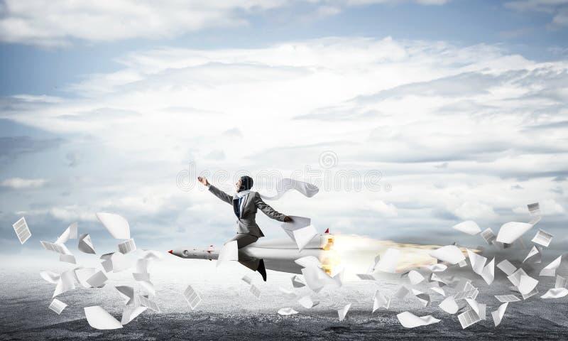 Концепция достижения успеха в бизнесе и целей стоковое изображение