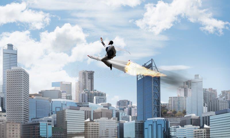 Концепция достижения успеха в бизнесе и целей стоковые фото