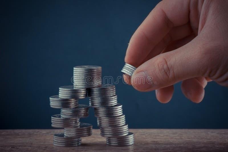 Концепция денег чеканит бат валюты тайский стоковая фотография