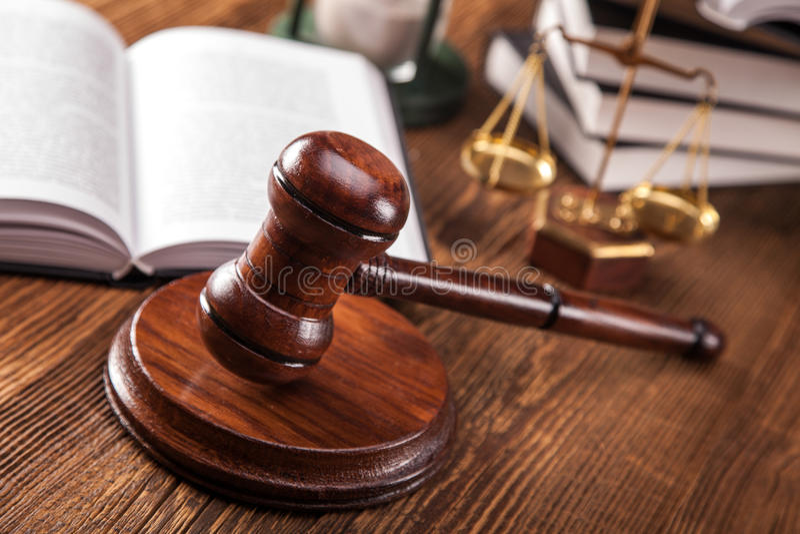 Концепция закона. Молоток правосудия стоковые фотографии rf