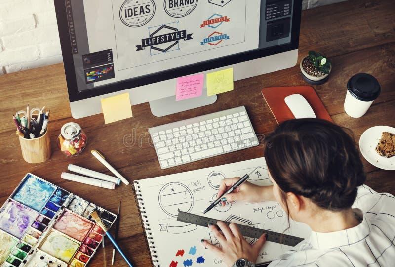 Концепция запуска чертежа студии дизайна занятия идей творческая стоковые фотографии rf