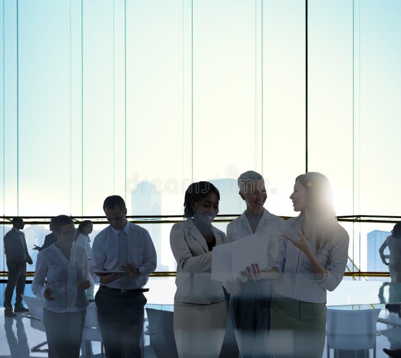 Концепция комнаты правления обсуждения встречи команды дела стоковые фотографии rf
