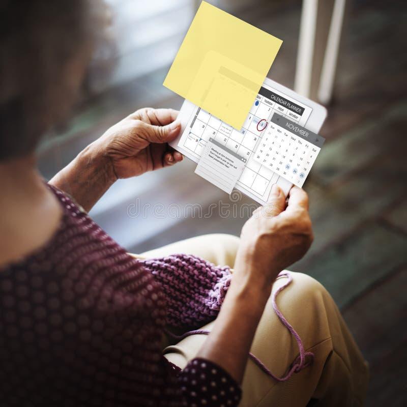 Концепция контрольного списока повестки дня задачи плановика план-графика стоковые фото