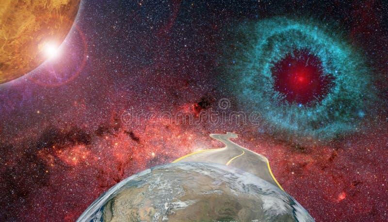 Концепция космического полета смешная с землей дороги и планеты стоковое фото rf