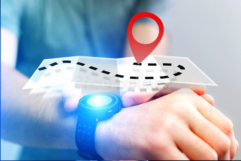 Концепция находить распорядок на карте онлайн - технология co стоковые изображения rf