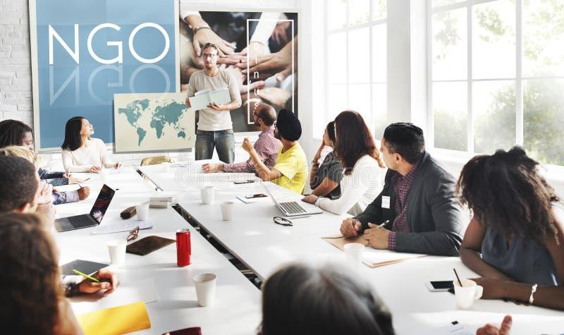 Концепция некоммерческой организации учреждения вклада НЕПРАВИТЕЛЬСТВЕННОЙ ОРГАНИЗАЦИИ корпоративная стоковое изображение rf
