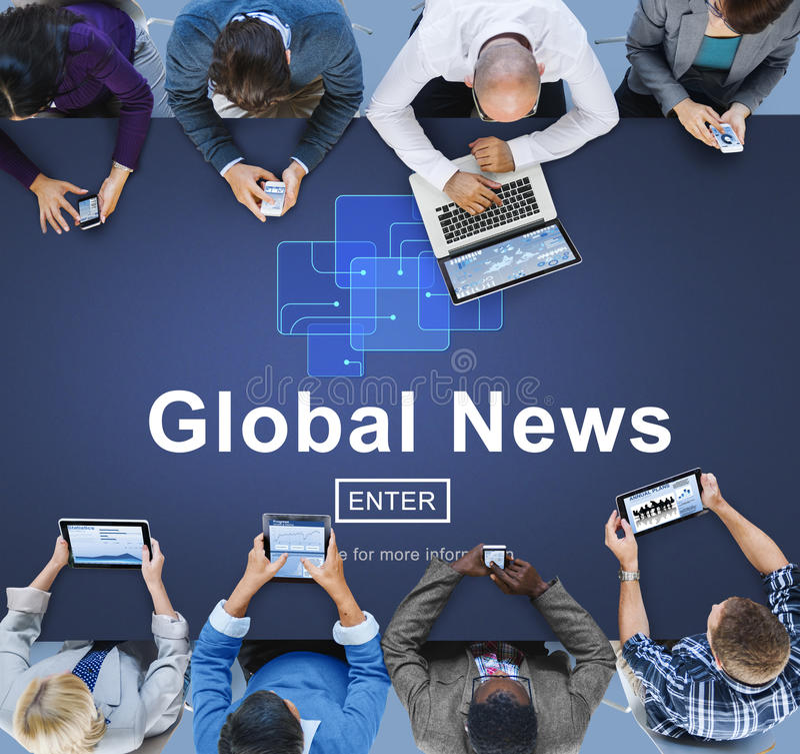 Концепция обновления технологии глобальных новостей онлайн стоковая фотография
