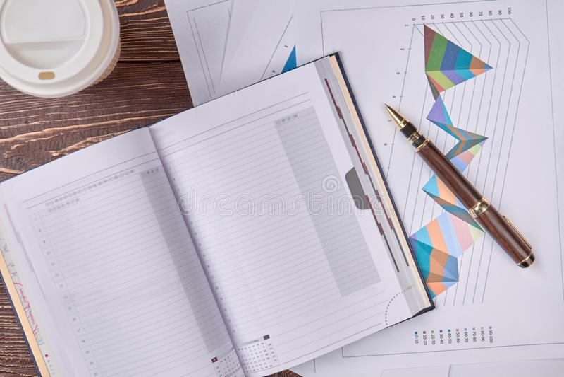 Концепция обработки документов, взгляд сверху стоковое изображение