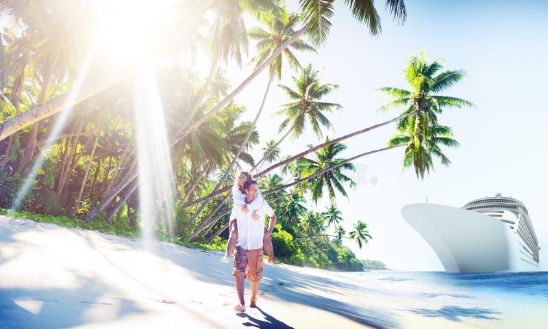 Концепция острова влюбленности пляжа пар Romance стоковые изображения rf