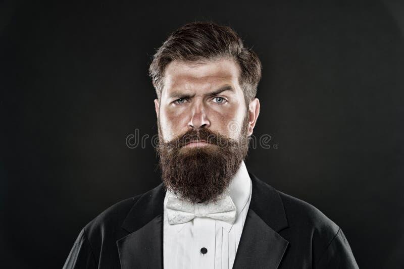 Концепция парикмахерской Вырастите усик Растя и поддерживая усик Хипстер человека бородатый с усиком Борода и стоковое фото