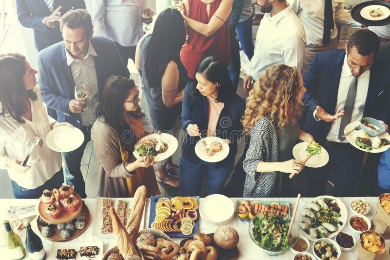 Концепция партии шведского стола кухни ресторанного обслуживании еды кулинарная изысканная стоковые изображения rf