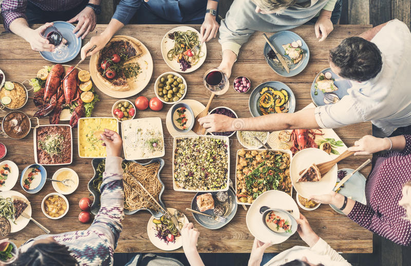 Концепция партии шведского стола кухни ресторанного обслуживании еды кулинарная изысканная стоковое фото rf