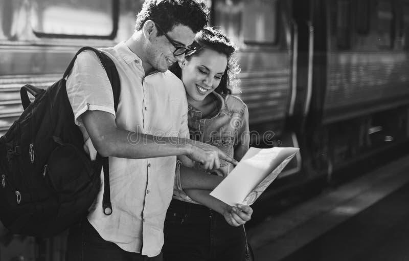 Концепция путешествием перемещения датировка единения пар любовников стоковая фотография