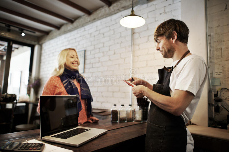 Концепция рисбермы столовой сервировки штата кельнера кофе кафа стоковое фото