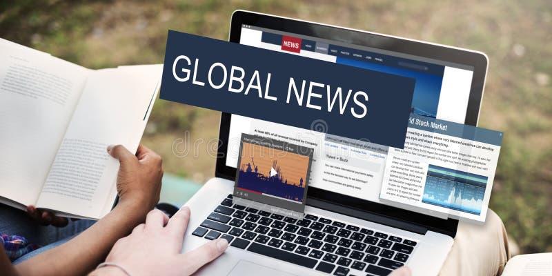 Концепция содержания новостей публицистики средств массовой информации глобальная ежедневная стоковое изображение rf