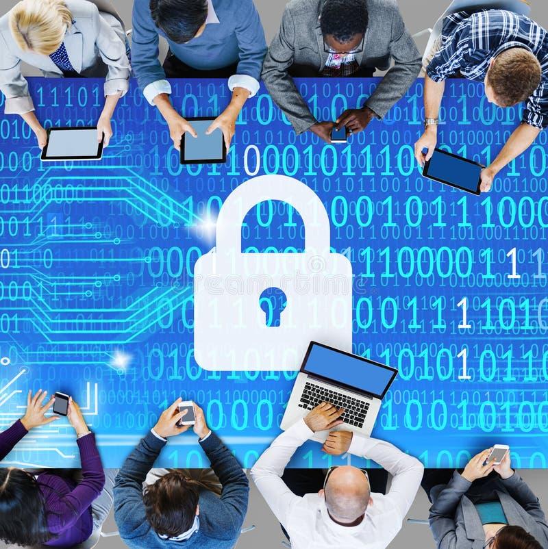 Концепция спасения замка данным по защиты данных безопасностью частная стоковая фотография
