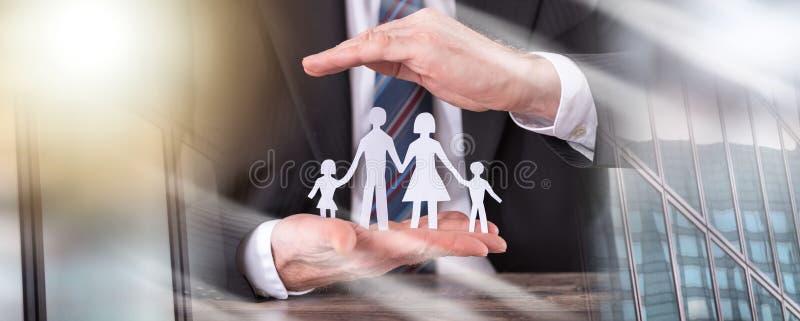 Концепция страхования семьи; множественная выдержка стоковые фотографии rf