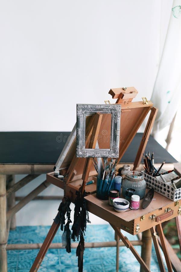 Концепция студии художественной мастерской стоковые фотографии rf