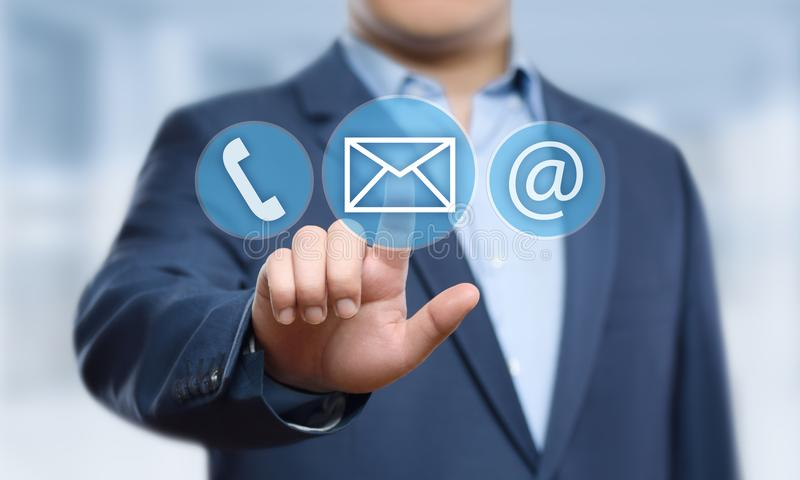 Концепция технологии дела интернета обслуживания клиента центра службы технической поддержки стоковое фото