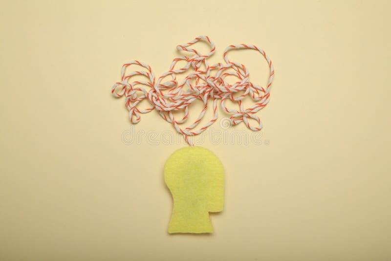 Концепция человека стресса, тревожность в мозге, хаос clutter стоковое изображение rf