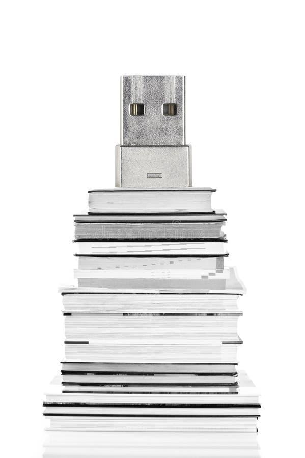 концепция E-чтения и eBook стоковые фото