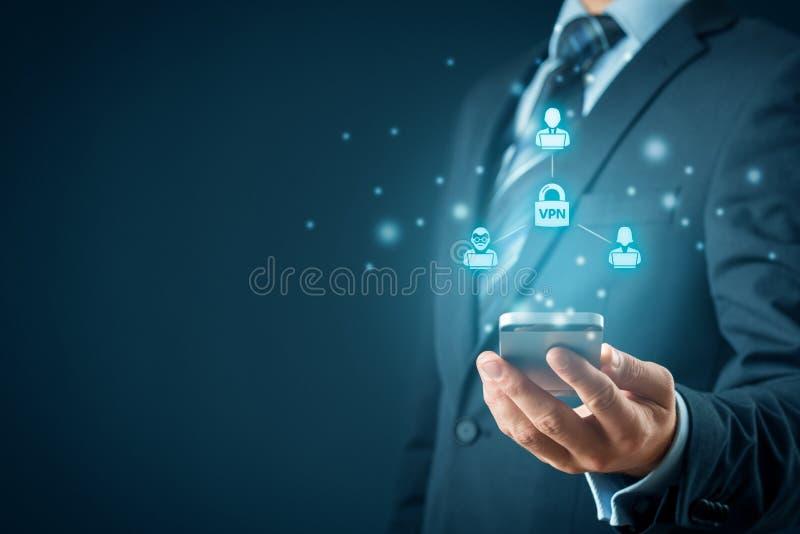 Концепция VPN с смартфоном стоковые фото